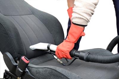 Sitzpolster Flecken entfernen